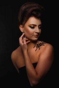 Osobní portrét slečny s pavoukem
