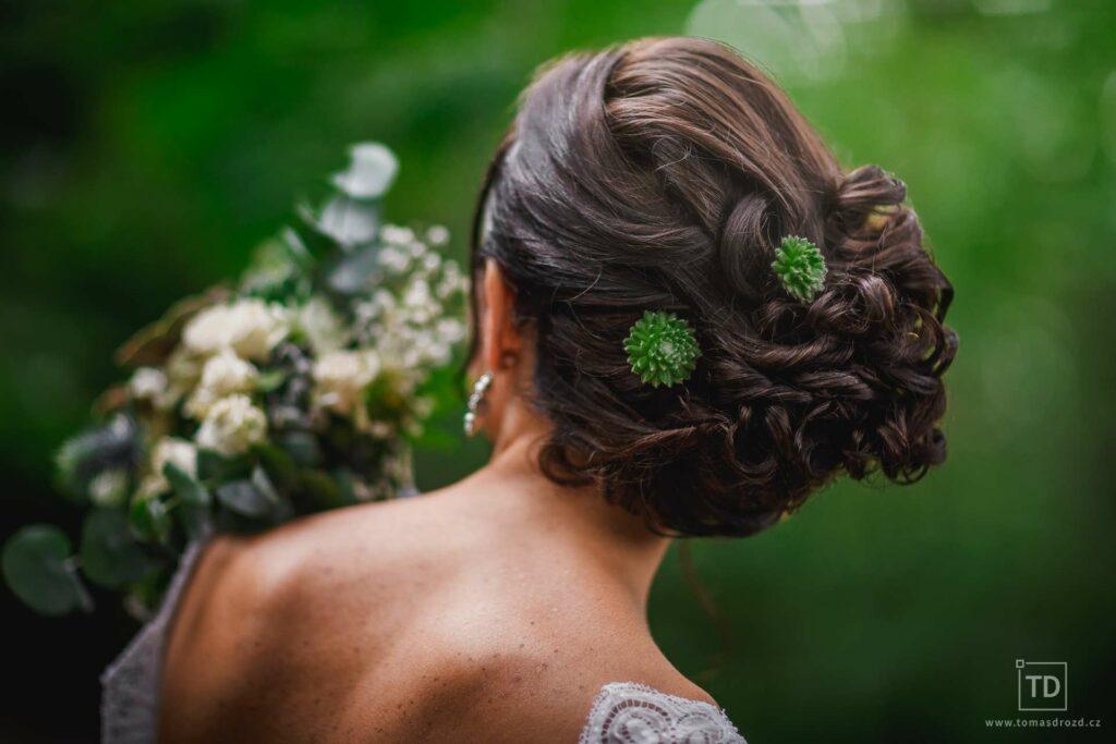 Svatební účes nevěsty od fotografa Tomáše Drozda